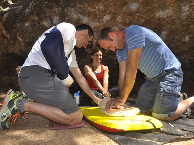 Taller de primeros auxilios en escalada