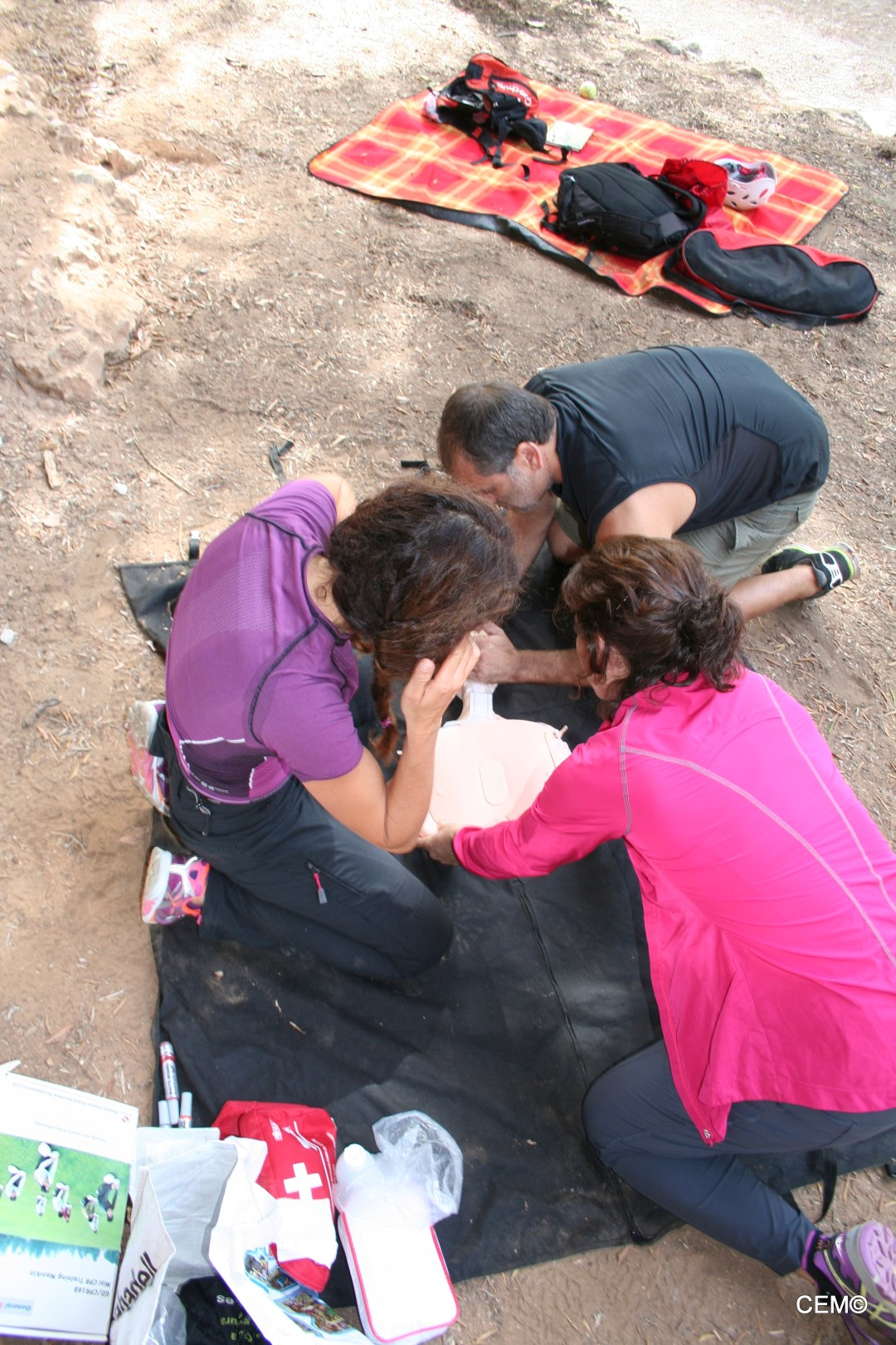 actividad-cem-escalada-taller-primeros-auxilios-2016-02