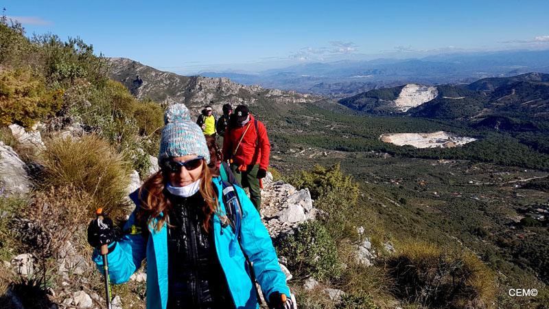 actividad-cem-ruta-senderismo-ojen-el-cerezal-sierra-blanca-2018-08