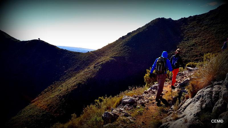 actividad-cem-ruta-senderismo-ojen-el-cerezal-sierra-blanca-2018-09